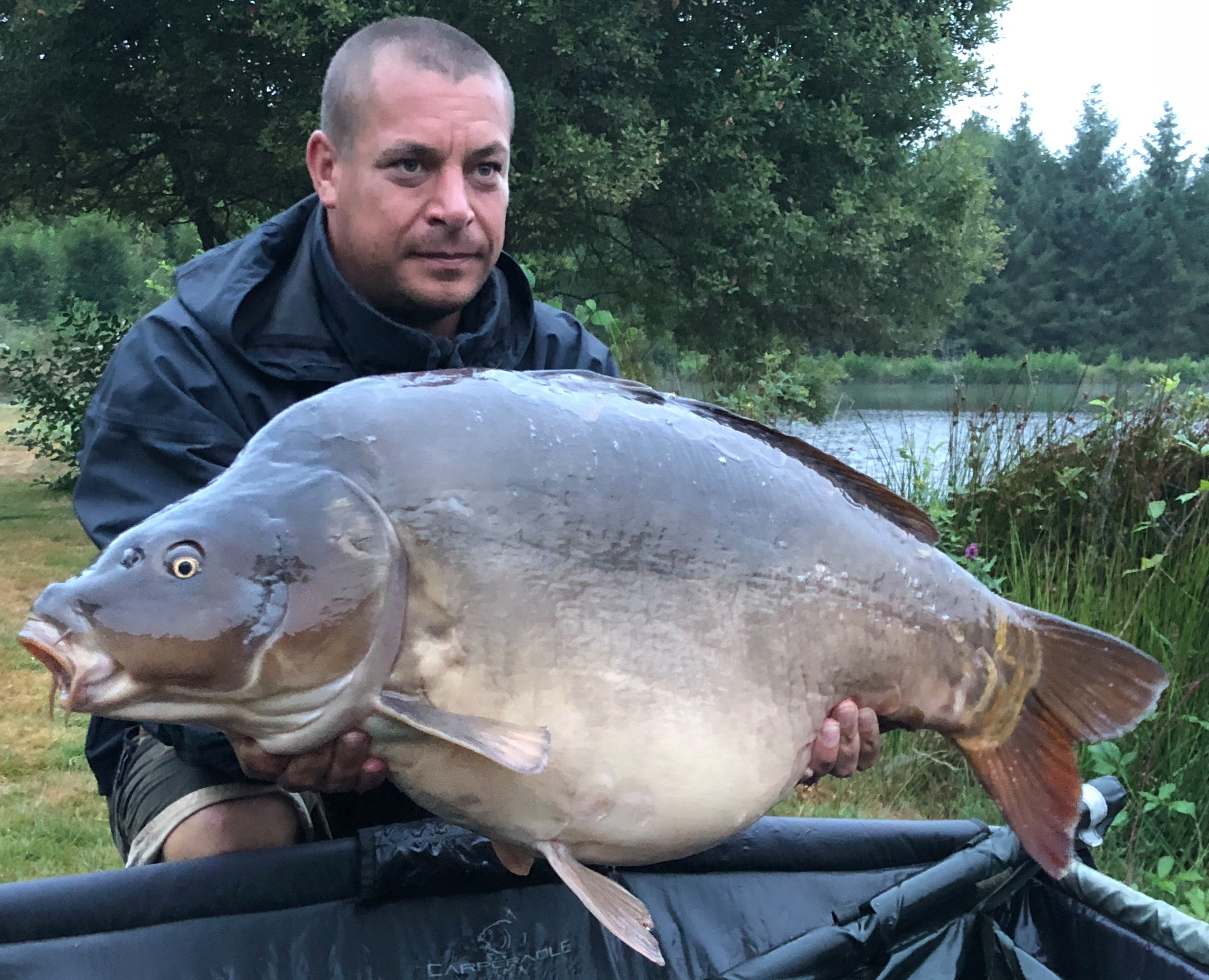 Carp fishing holidays with accommodation in France
