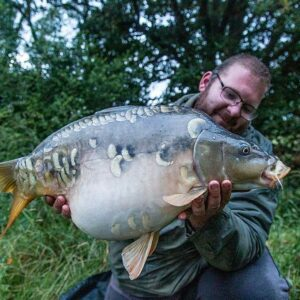 Drive and survive carp fishing holidays in France.
